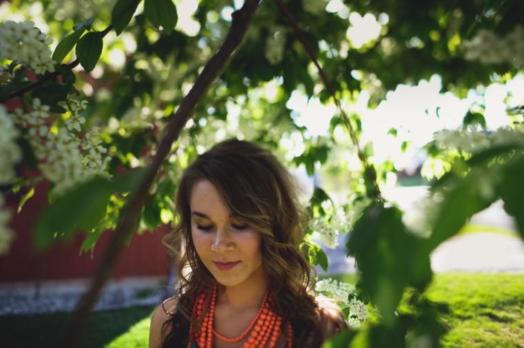 201306060_Portrait_Senior_KatelynLovsWEBRES-3