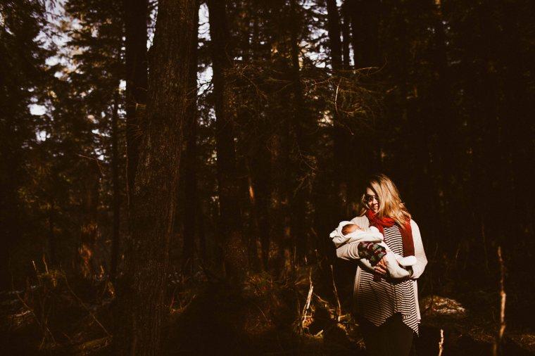KatelynNole-AnchorageLifestlyePhotographer-Beautyboardmedia-25