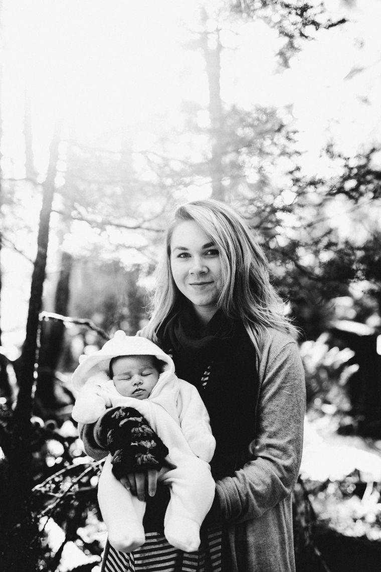KatelynNole-AnchorageLifestlyePhotographer-Beautyboardmedia-30