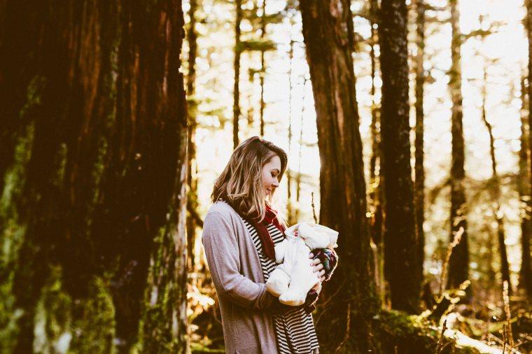 KatelynNole-AnchorageLifestlyePhotographer-Beautyboardmedia-32