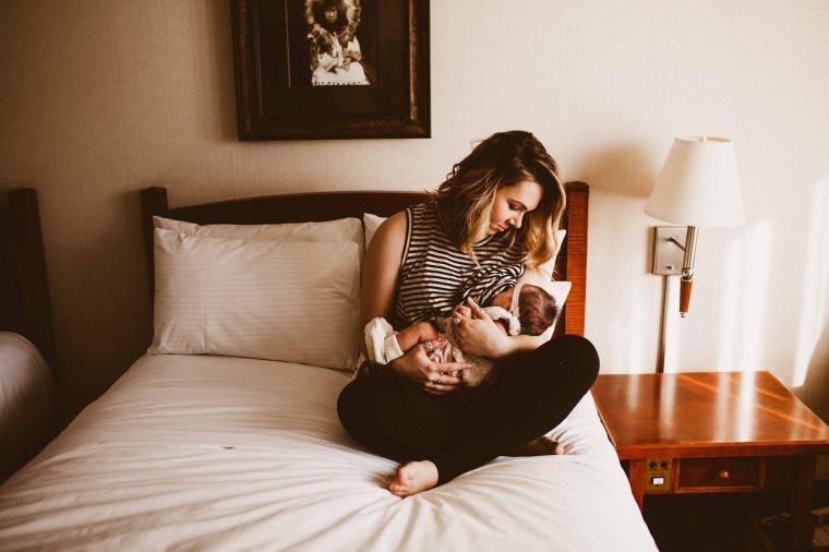 KatelynNole-AnchorageLifestlyePhotographer-Beautyboardmedia-4