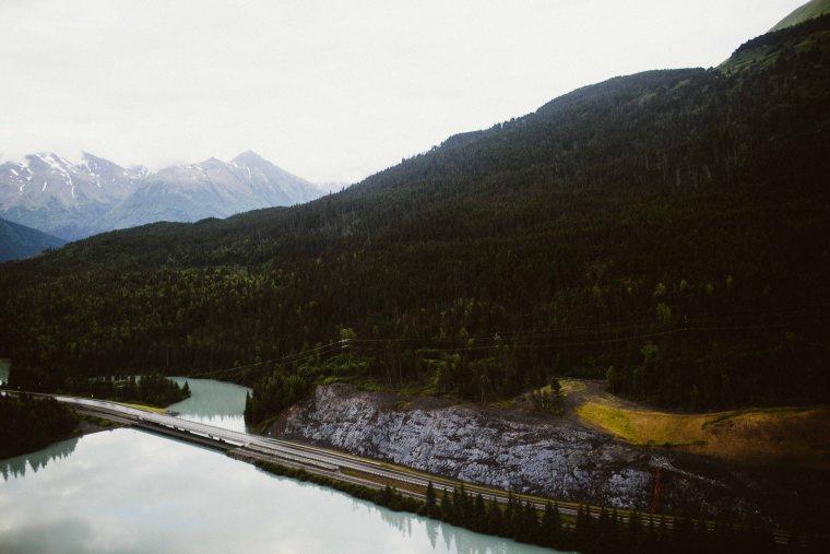 PadvoracBLOG-MoosePassWedding-AlaskaWeddingPhotographer-TrailLakeLodge-104