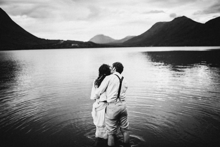 PadvoracBLOG-MoosePassWedding-AlaskaWeddingPhotographer-TrailLakeLodge-110