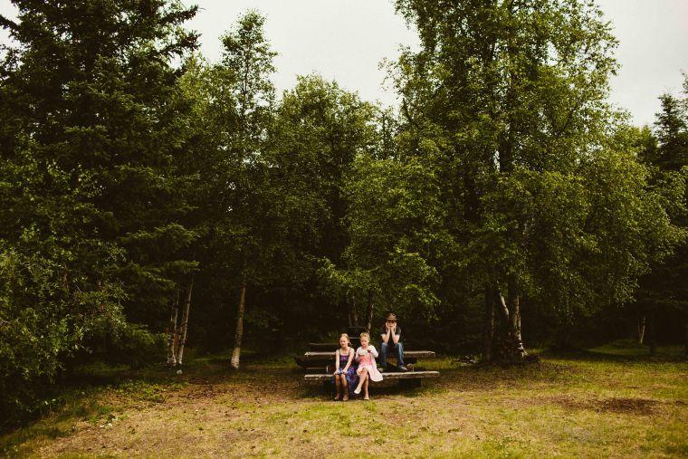 PadvoracBLOG-MoosePassWedding-AlaskaWeddingPhotographer-TrailLakeLodge-26