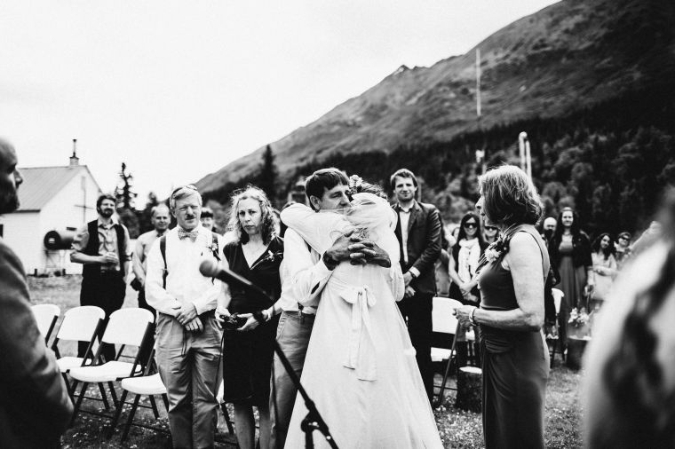 PadvoracBLOG-MoosePassWedding-AlaskaWeddingPhotographer-TrailLakeLodge-37