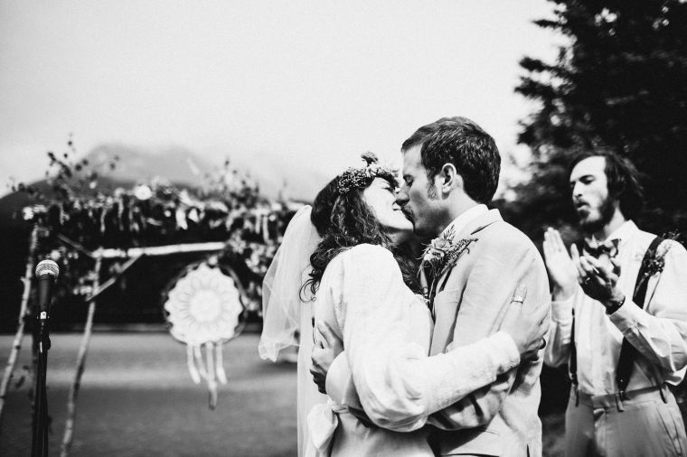 PadvoracBLOG-MoosePassWedding-AlaskaWeddingPhotographer-TrailLakeLodge-45