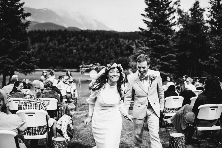 PadvoracBLOG-MoosePassWedding-AlaskaWeddingPhotographer-TrailLakeLodge-46
