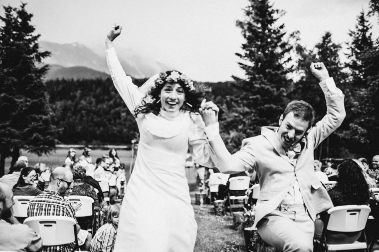 PadvoracBLOG-MoosePassWedding-AlaskaWeddingPhotographer-TrailLakeLodge-47