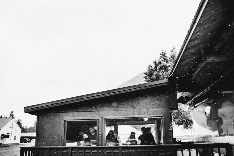 PadvoracBLOG-MoosePassWedding-AlaskaWeddingPhotographer-TrailLakeLodge-79