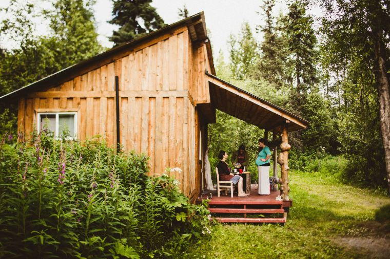 PadvoracBLOG-MoosePassWedding-AlaskaWeddingPhotographer-TrailLakeLodge-8