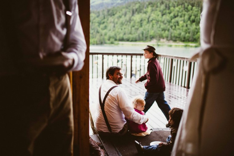 PadvoracBLOG-MoosePassWedding-AlaskaWeddingPhotographer-TrailLakeLodge-94